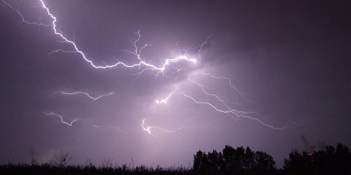 High winds could bring power outages to Northeast Ohio this weekend