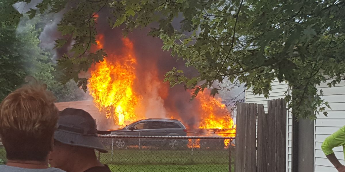 Firefighter injured battling garage fire in North Olmsted