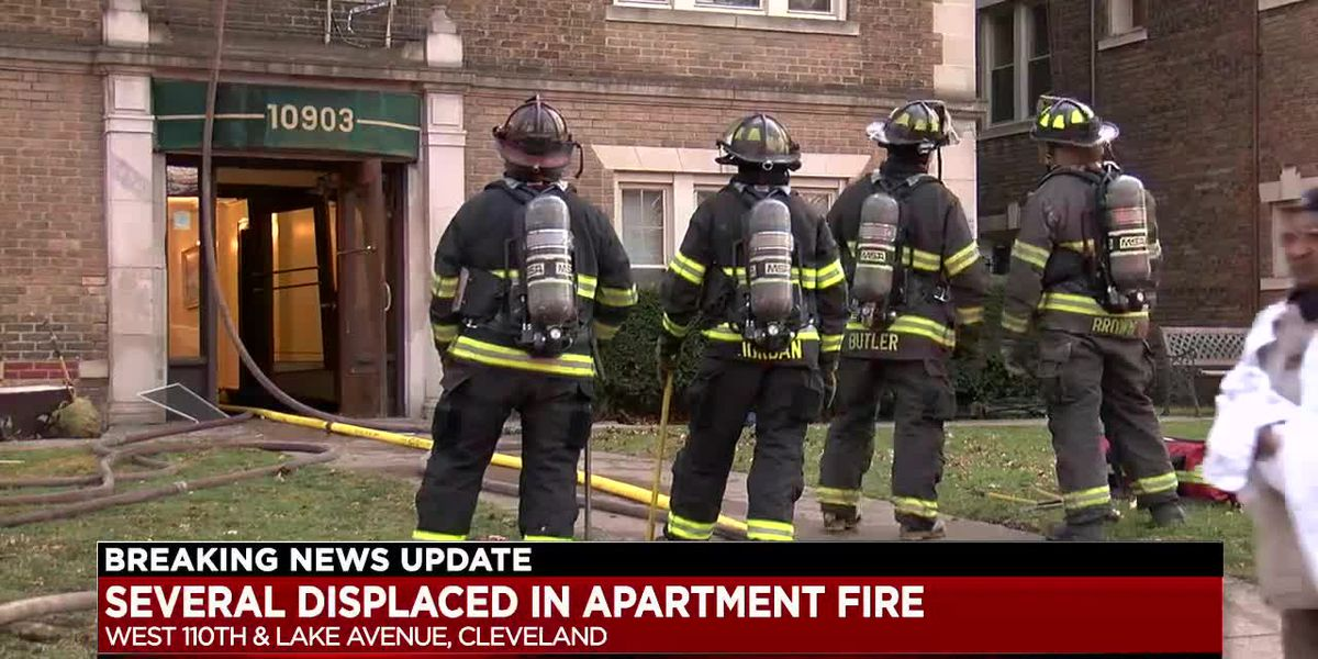 Cleveland man rescued from 4th-floor window when fire engulfs his apartment building