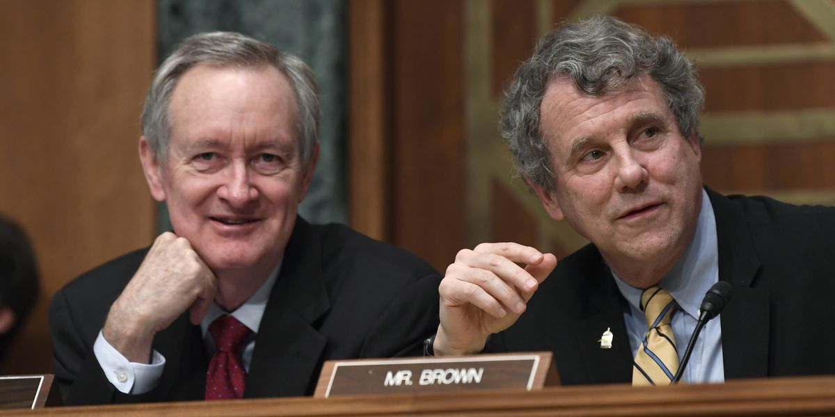 Ohio Sen. Sherrod Brown calls on General Electric to use Ohio workers to produce ventilators