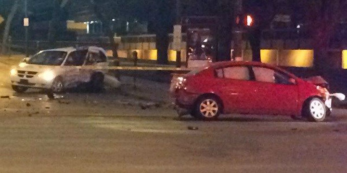1 killed in 2-car crash