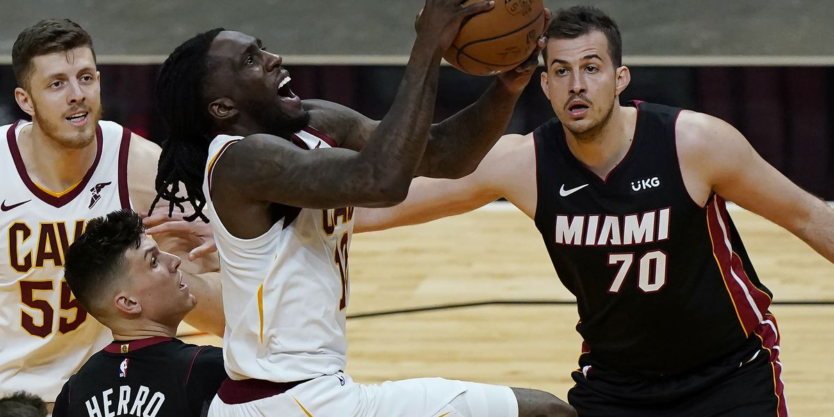 Cavaliers Struggles Against Heat In Miami Lingers On