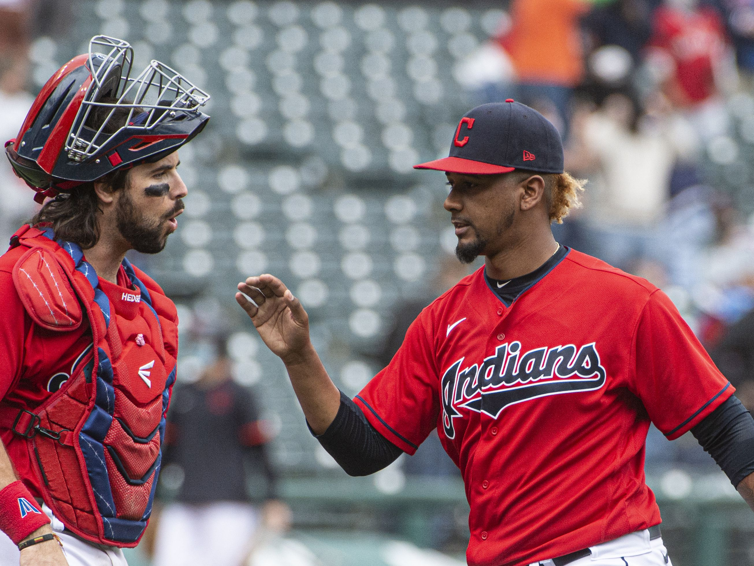 Strong bullpen leads Indians to sweep of Miggy-less Tigers
