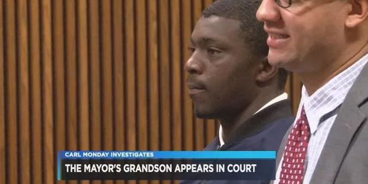 Cleveland Mayor Frank Jackson's grandson pleads guilty to weapons charges