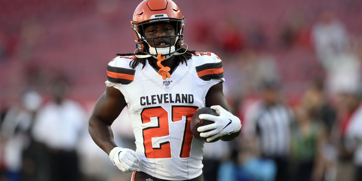Suspended Browns RB Hunt undergoes sports hernia surgery