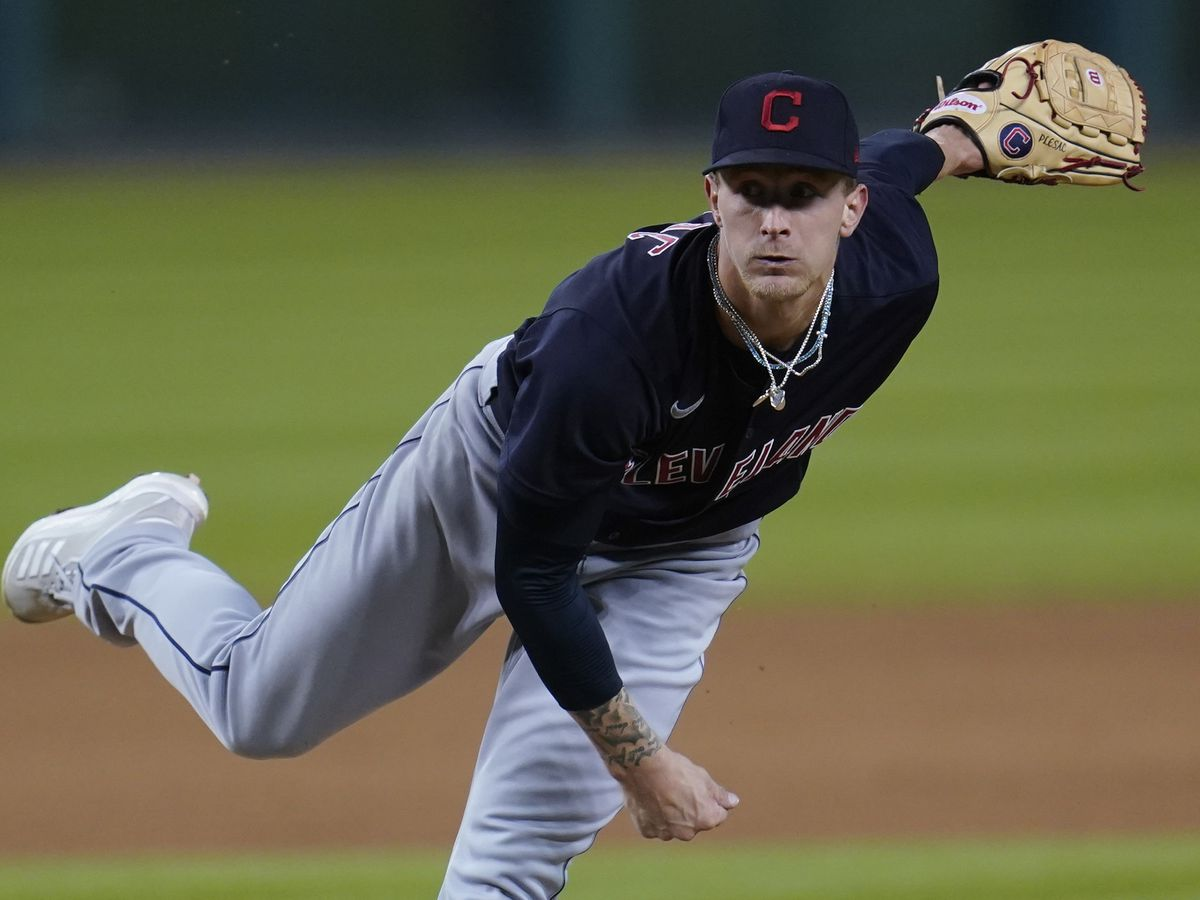 Plesac dazzles in Tribe's 1-0 win at Detroit