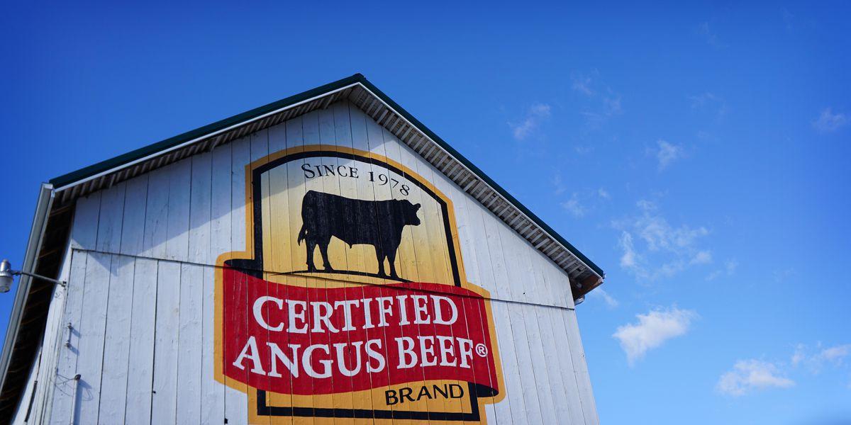 Ohio company beefs up brand with nostalgic barn mural