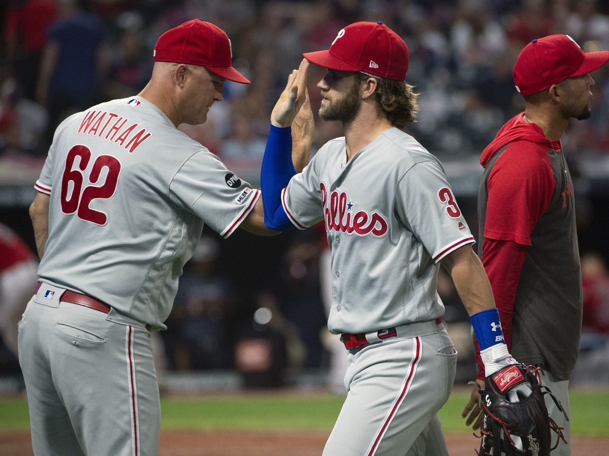Harper's 3-run blast sends Phillies to 9-4 win over Indians