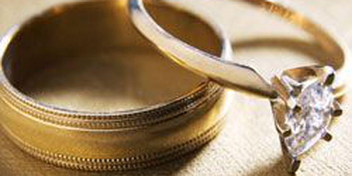 7 wedding hacks to save you money on big day