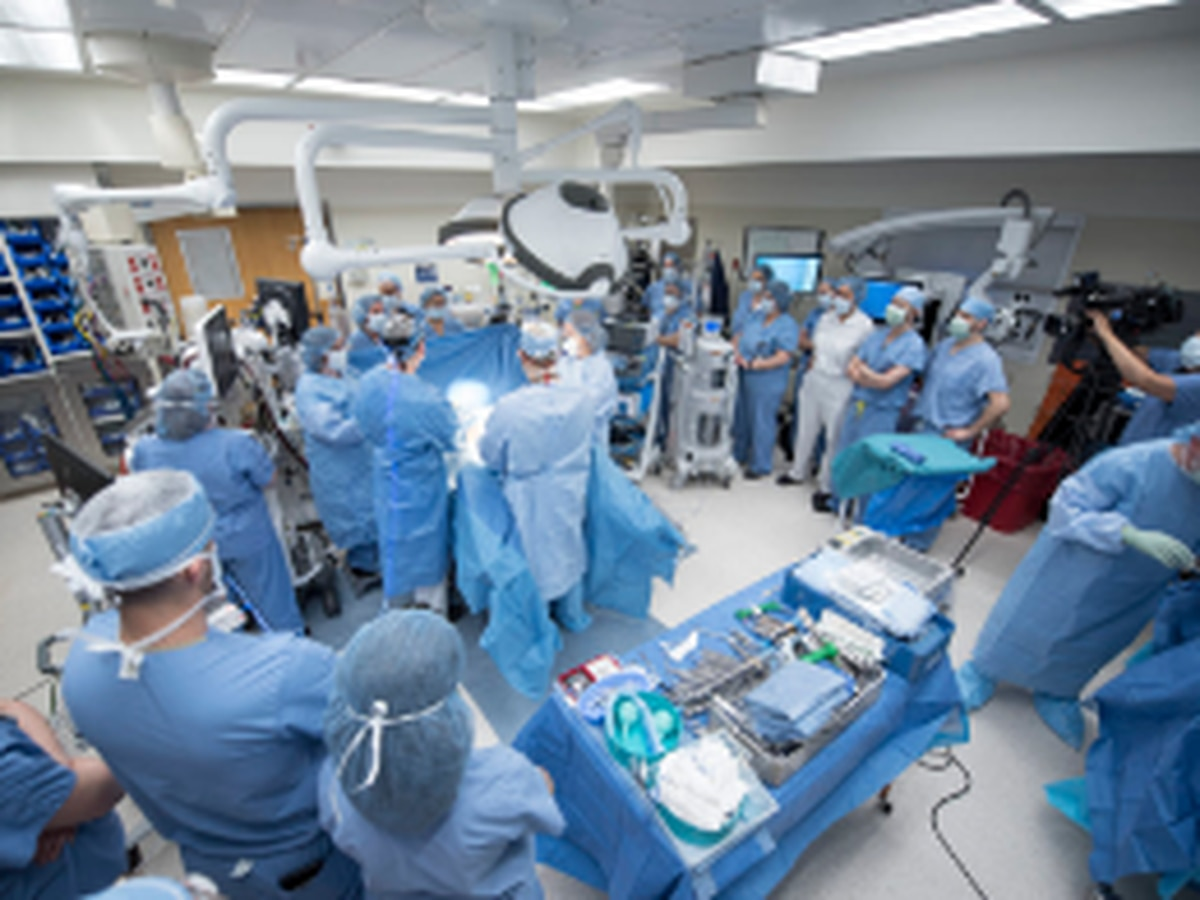Cleveland Clinic performs first in utero fetal surgery to repair birth defect (video)
