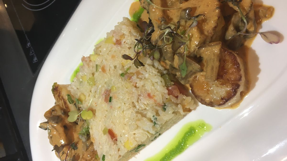 Cleveland Cooks: Wild Mango's sea scallops and crab meat risotto are better than good
