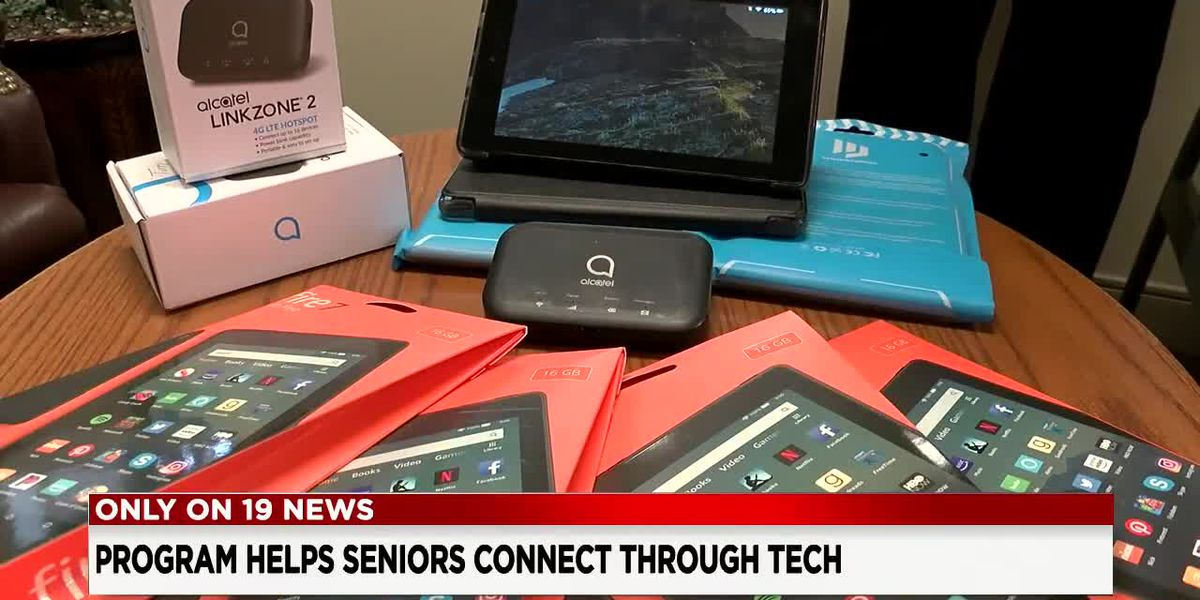 Seniors get connected during isolating pandemic thanks to local initiative