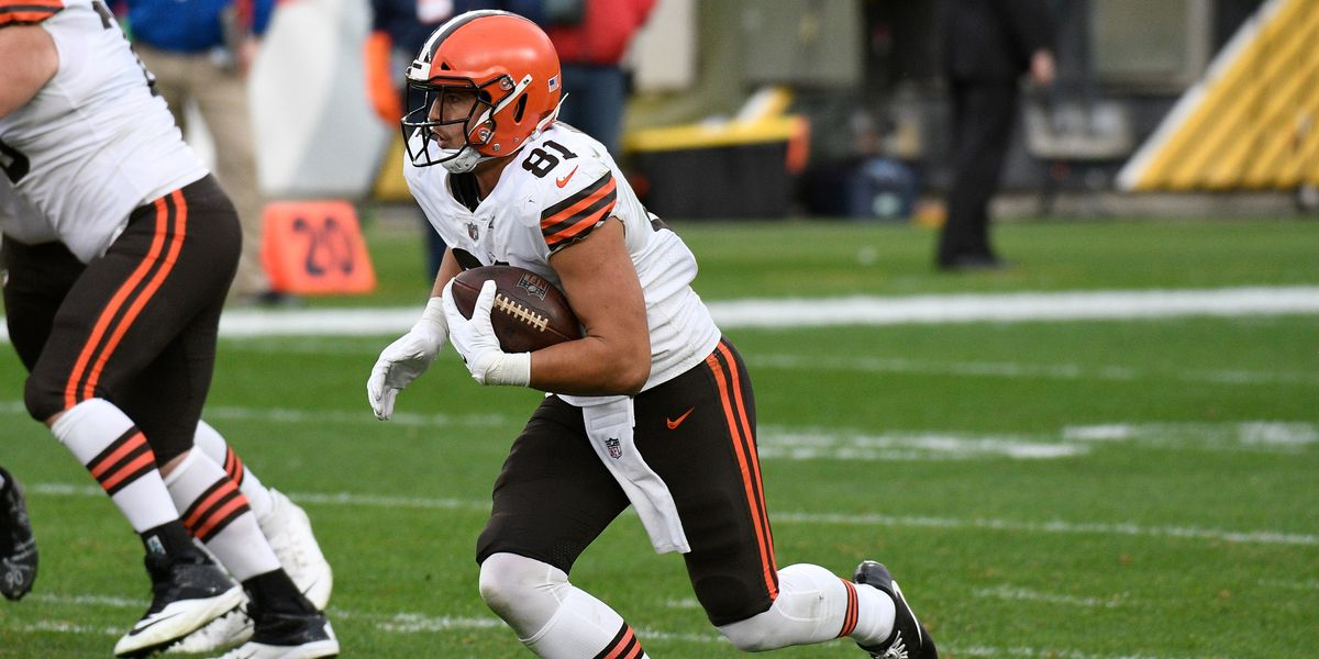 Browns TE Austin Hooper sidelined after having surgery for appendicitis