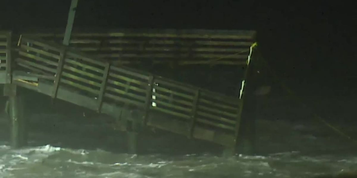 Raw: Pier breaks in Galveston, Texas, ahead of Beta (no sound)