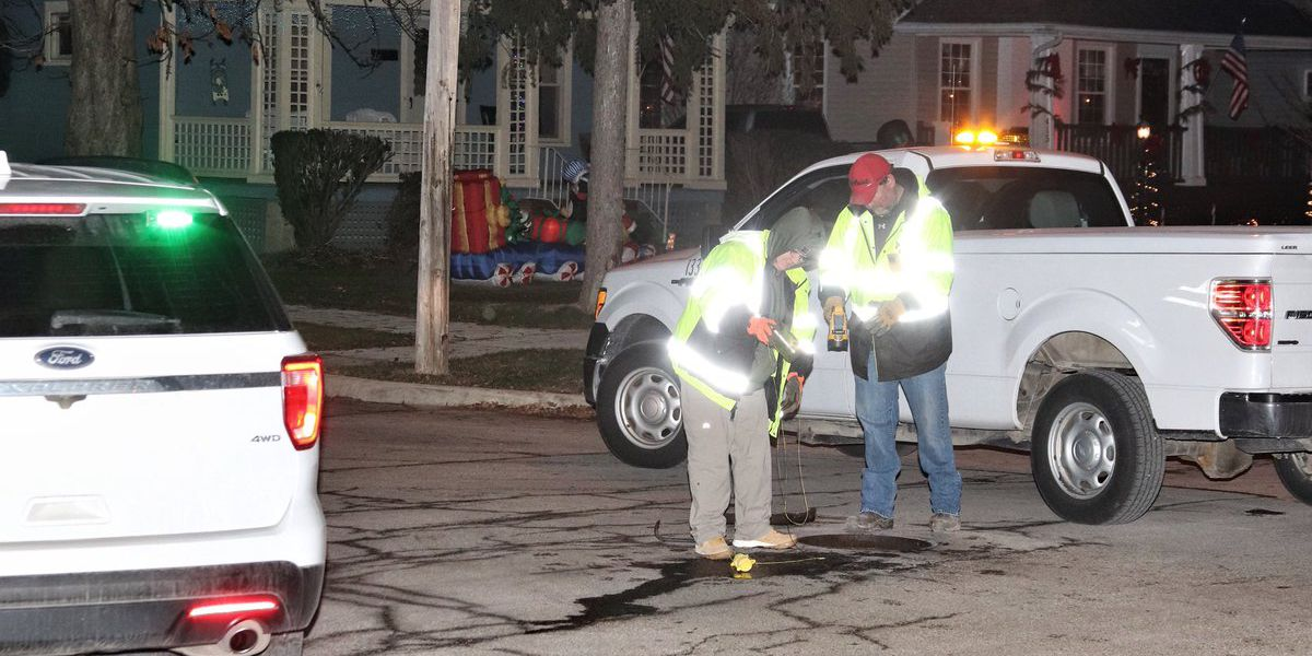 Elyria Fire Department called out to neighborhood for odor of gasoline