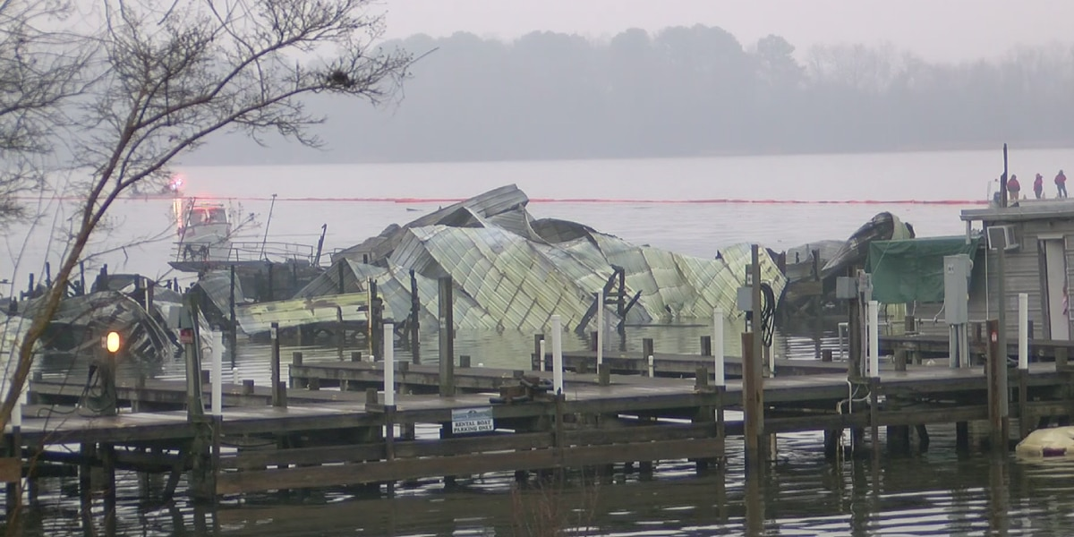 8 people killed in northeast Alabama dock fire