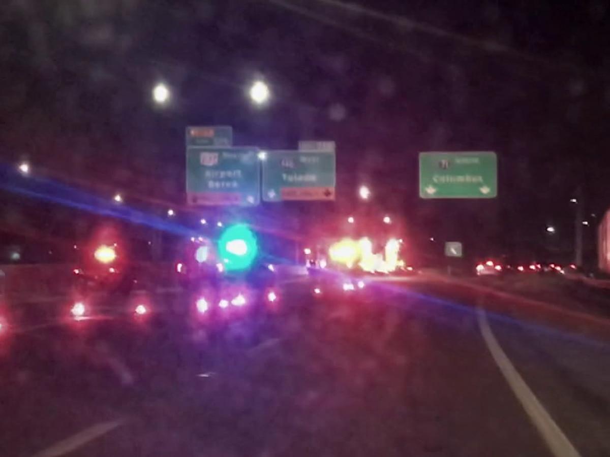 Car vs. Semi: 2 killed in overnight crash on I-71 near I-480