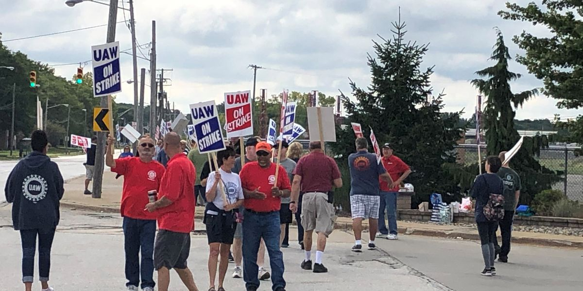 UAW Parma members set to vote on GM contract Wednesday morning