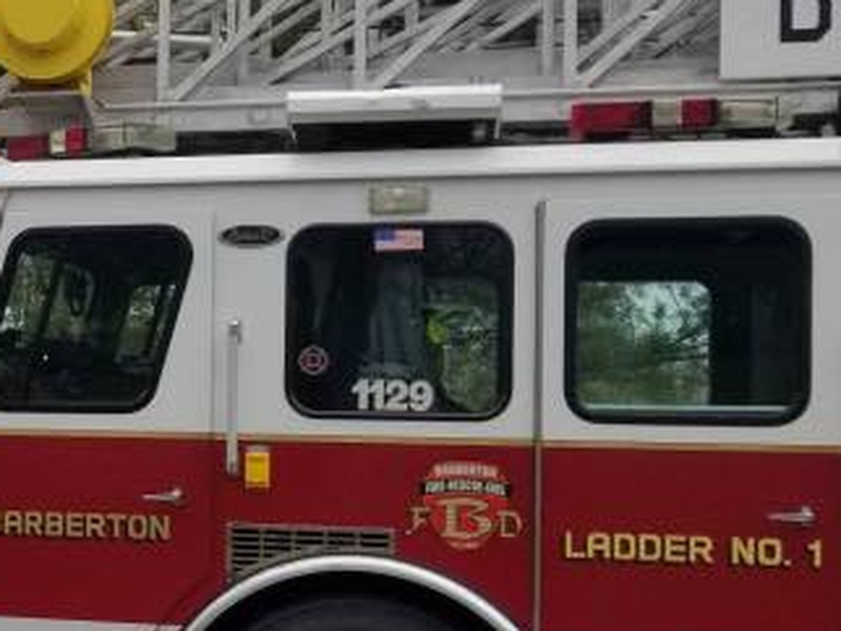 Barberton Fire Department rescues two people while fighting building fire