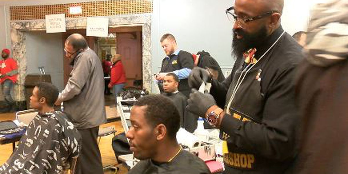 Barber who used to be homeless helps out the less fortunate