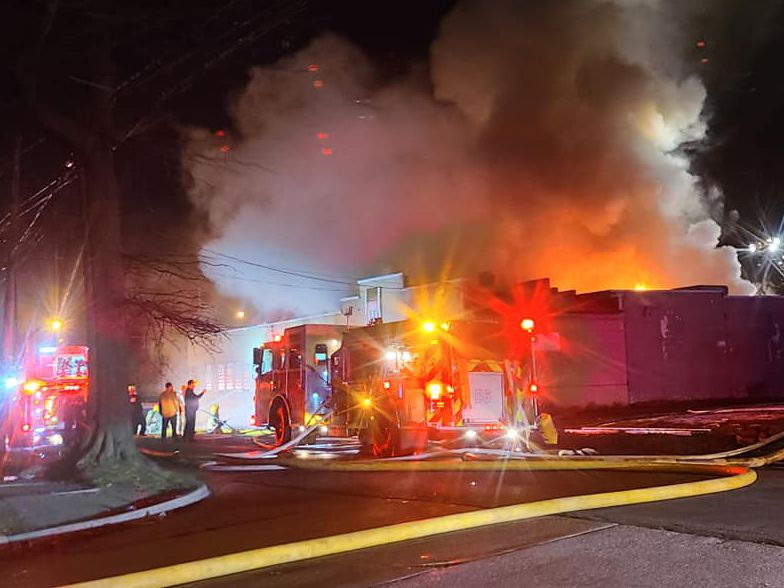 Massive blaze damages several Akron businesses