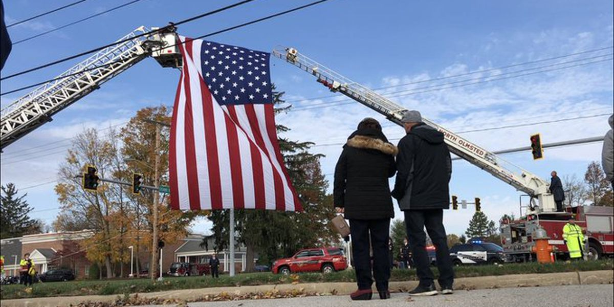 First responders, residents honor firefighter who died helping crash victims