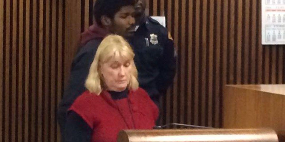 Suspect in carjacking pleads not guilty