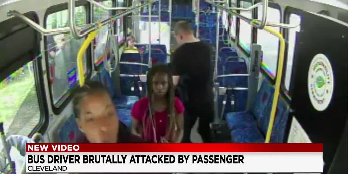 Bus Driver and passenger get into an altercation on a Cleveland RTA