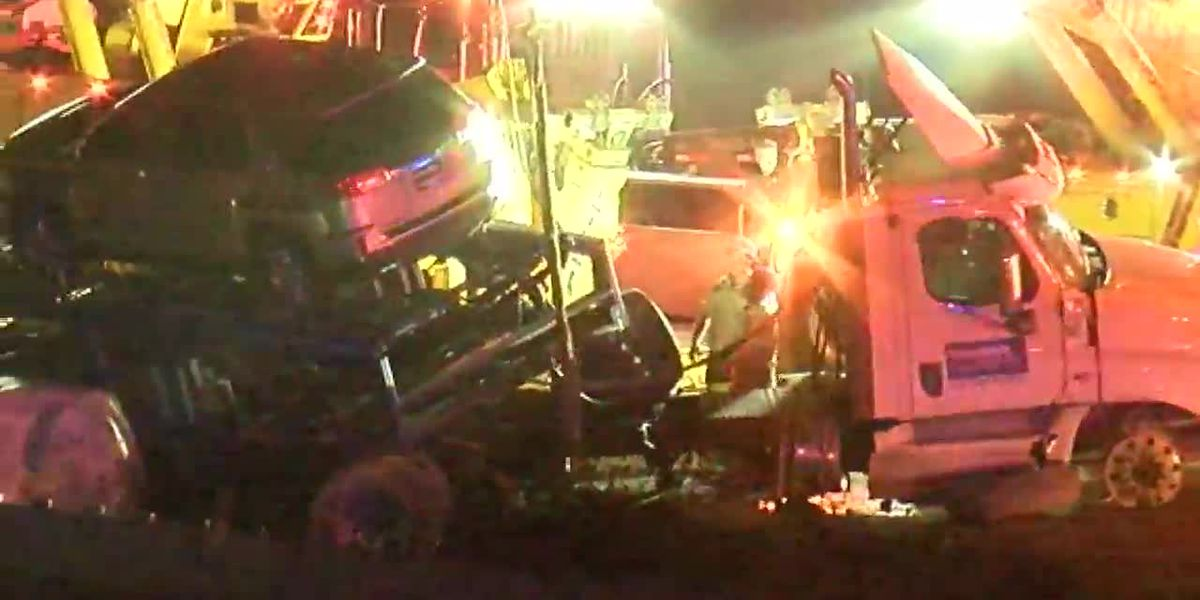 I-271 reopens in Macedonia after semi-truck carrying vehicles crashes