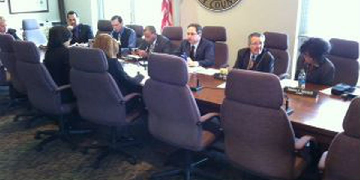 City Council committee approves residency restrictions