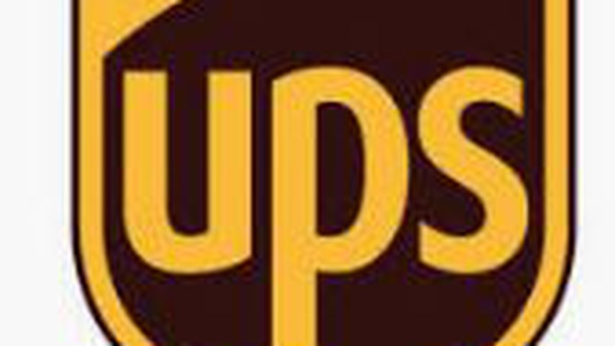 UPS driver carjacked at gunpoint; thieves only able to move truck a short distance