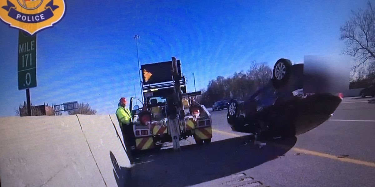 Car rolls off tow truck into oncoming traffic on 71 (video)