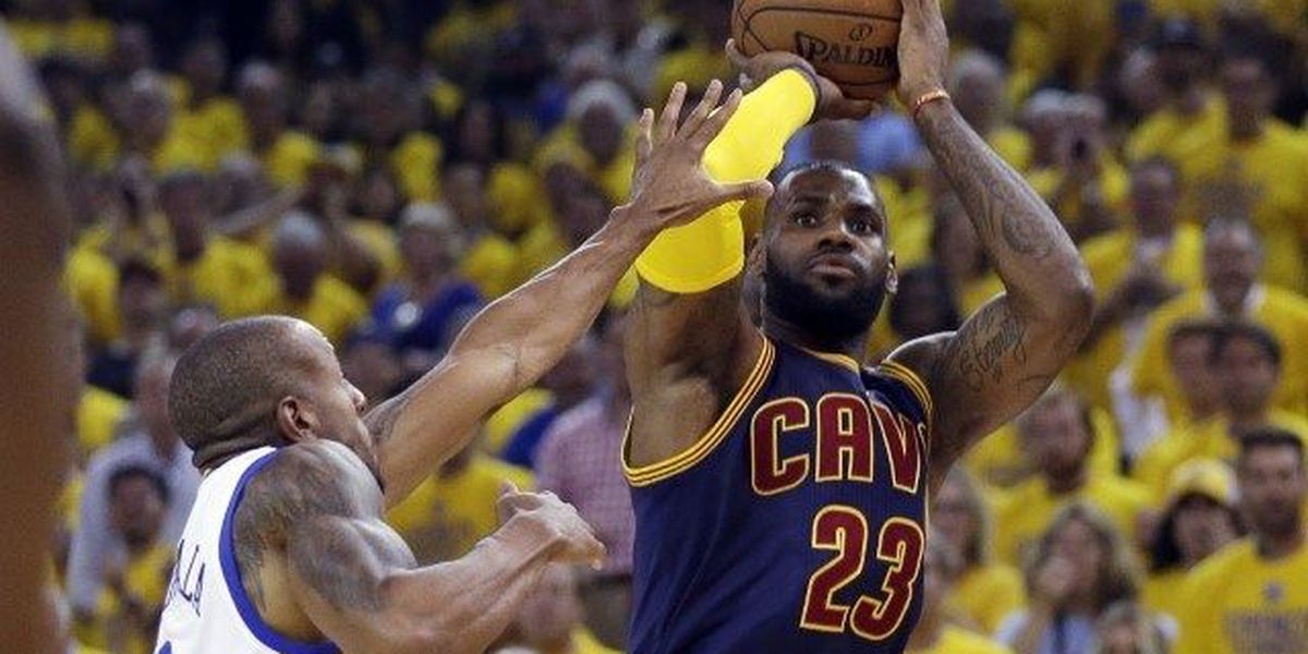 LeBron James officially re-signs with Cavaliers