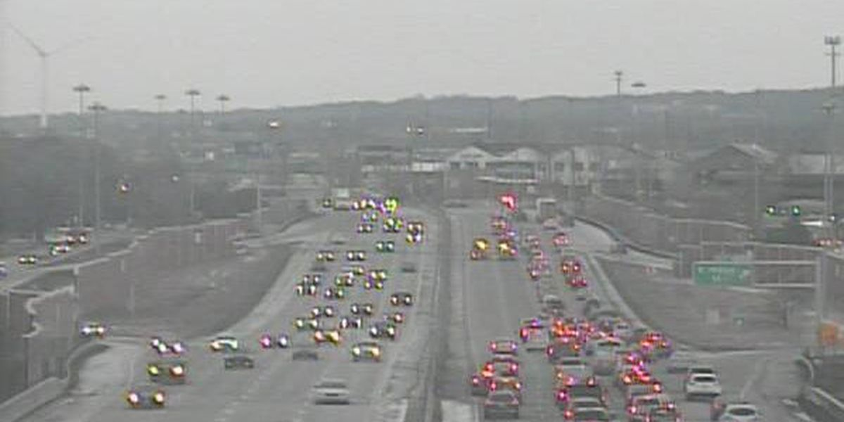 Traffic update: Crews clear disabled semi from I-90 East