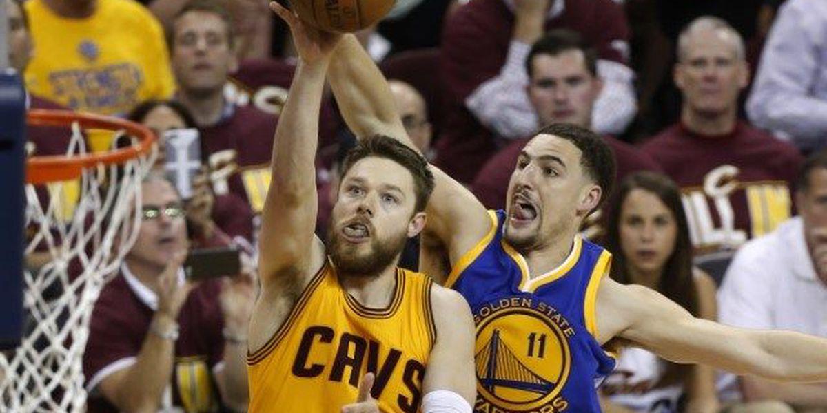 Poll names Matthew Dellavedova NBA's dirtiest player