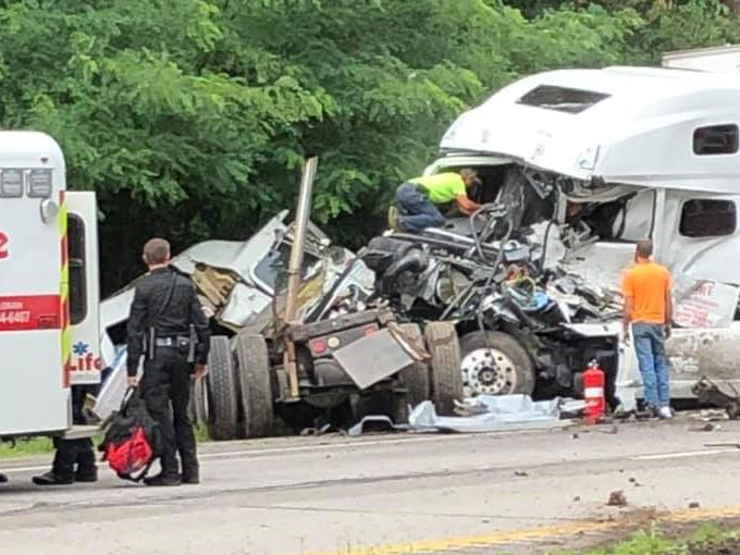 2 semi crash closes State Route 2 in Lorain County
