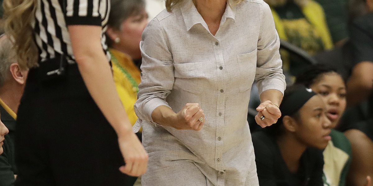 Baylor drops out of top 5 in AP women's basketball poll