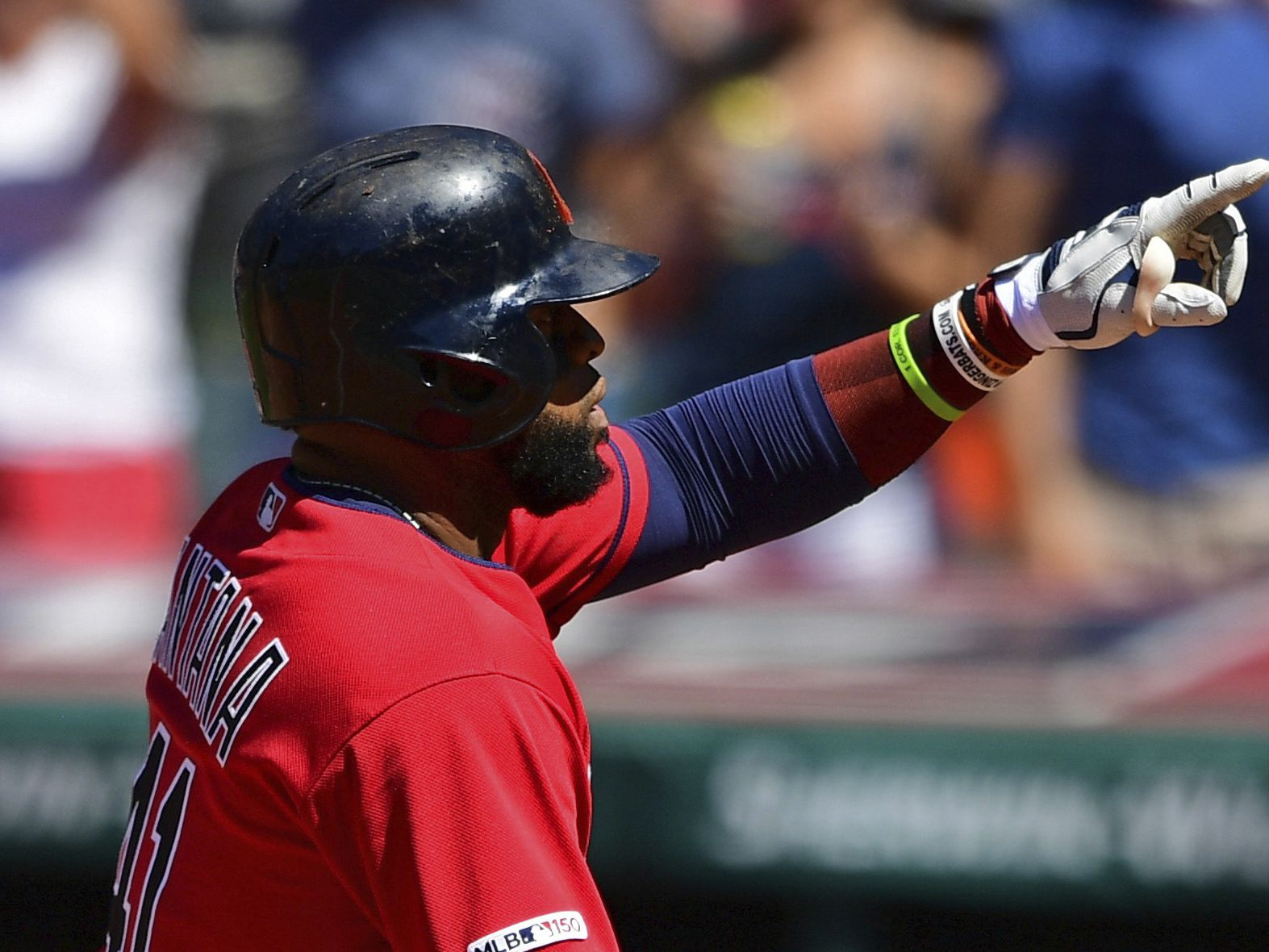 Santana homers, Indians beat Twins 4-3 to avoid sweep