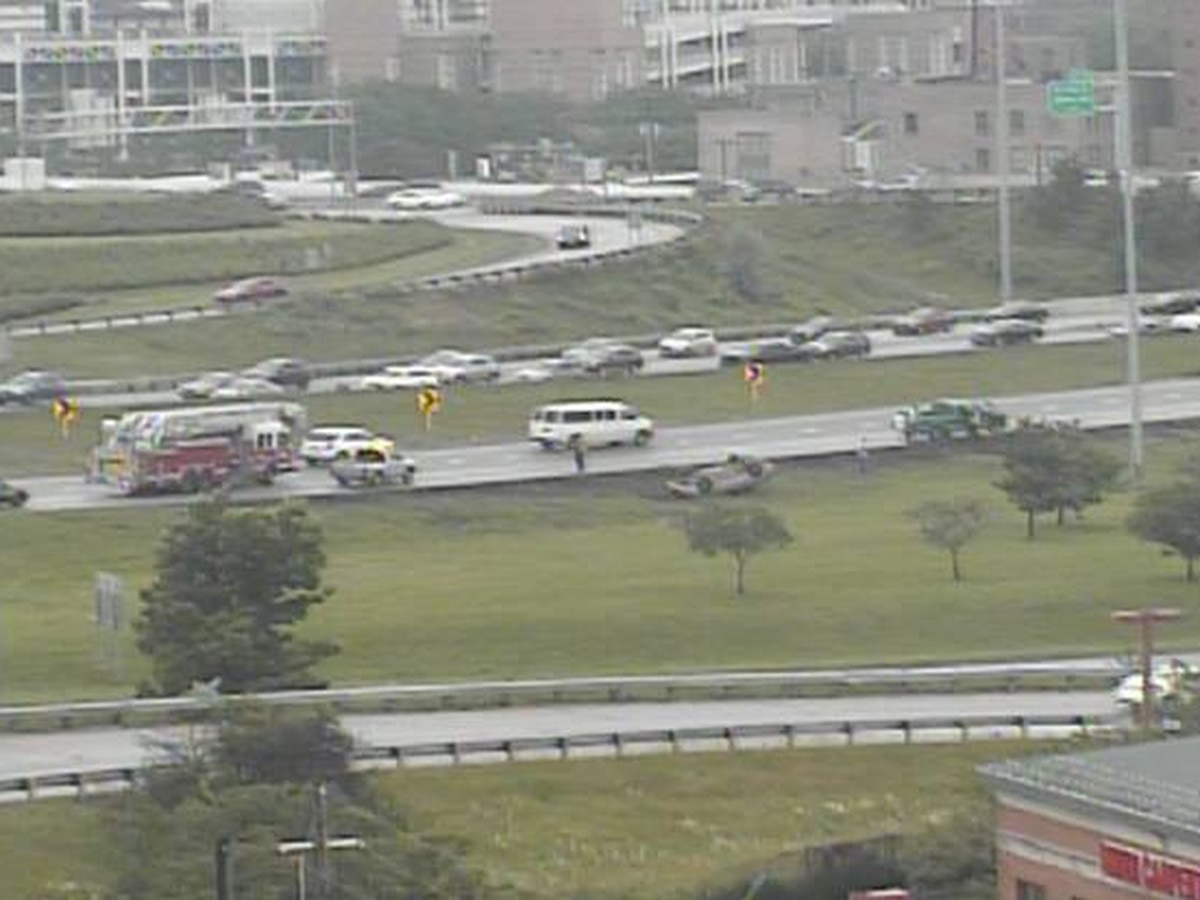 Rollover crash on I-77 north near East 9th Street grinds traffic to a halt