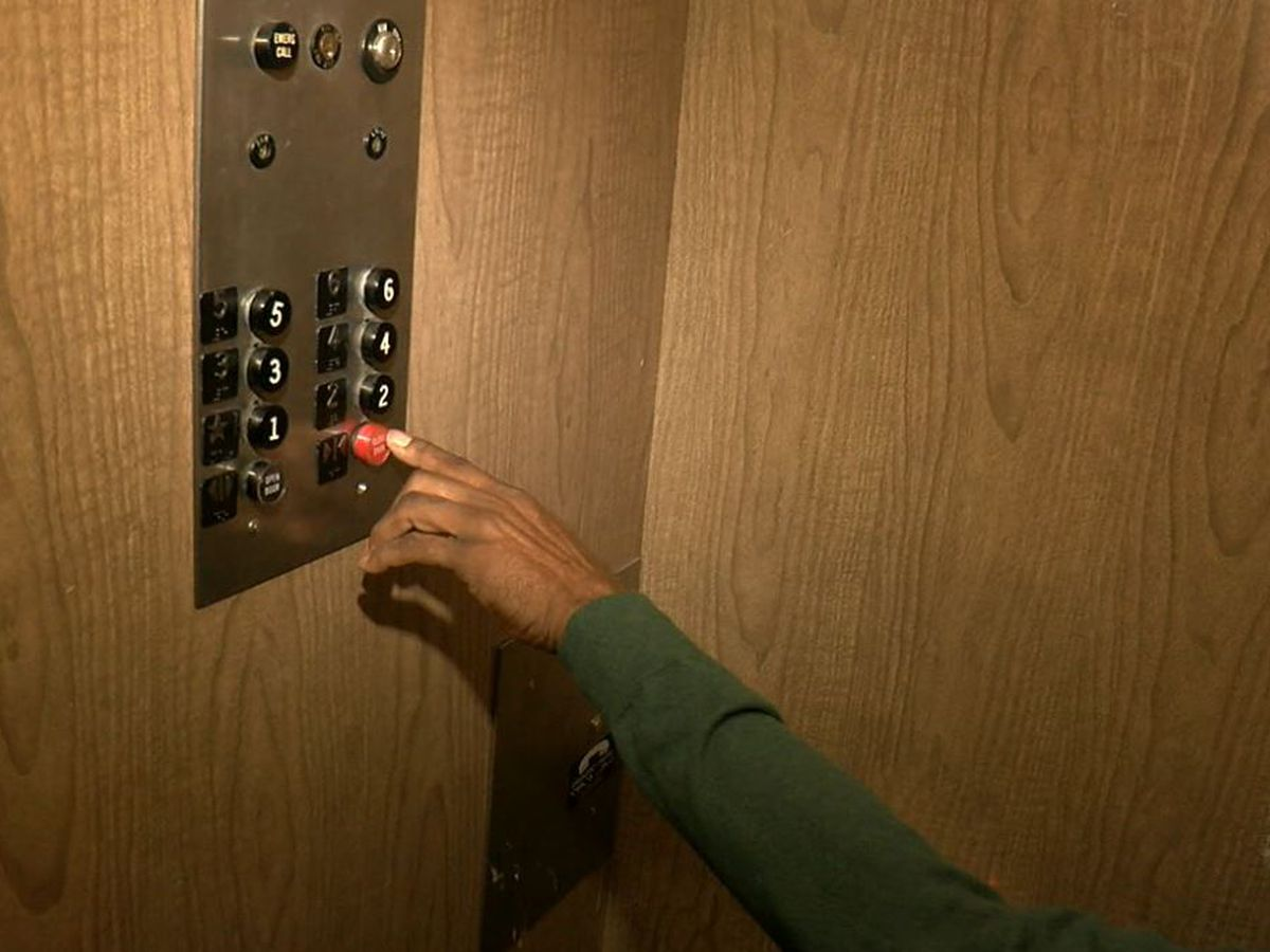 Broken elevators leave seniors stranded in Euclid apartment building