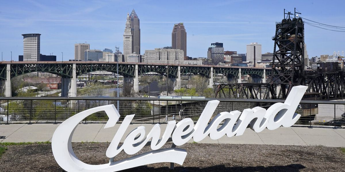 Gov. DeWine promoting tourism, encouraging Ohioans to get vaccinated for summer events