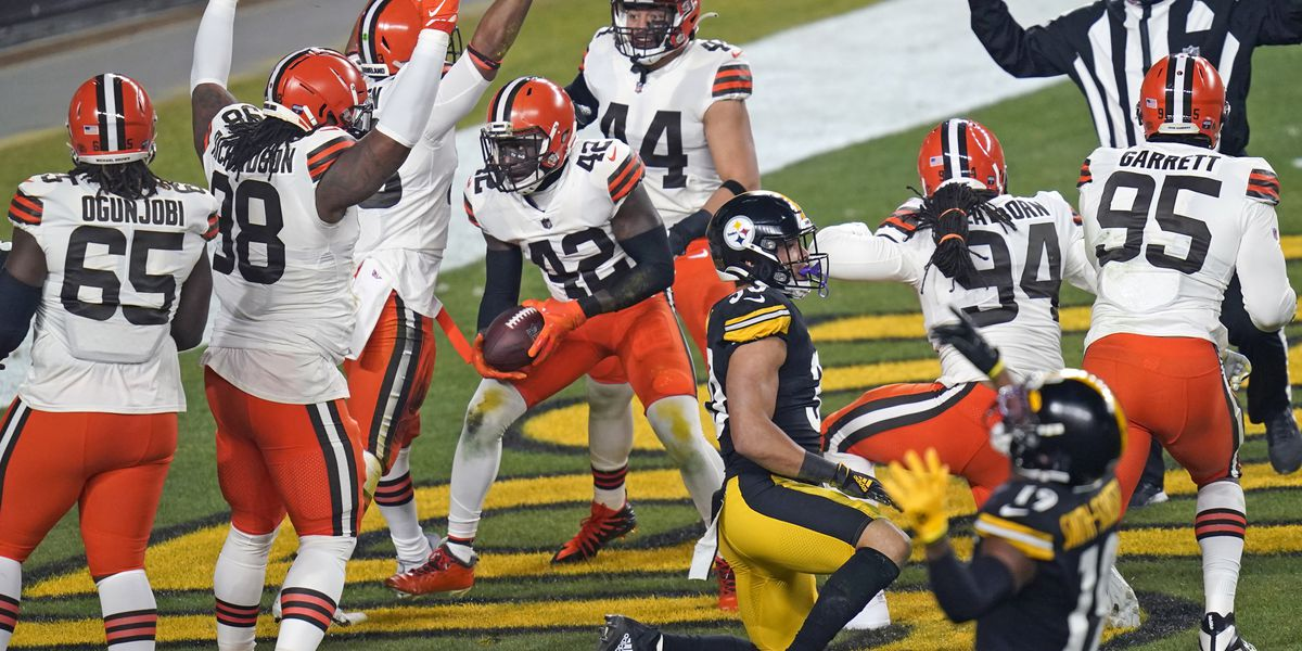 Fans flock to FirstEnergy Stadium for Cleveland Browns drive-thru rally ahead of playoff game