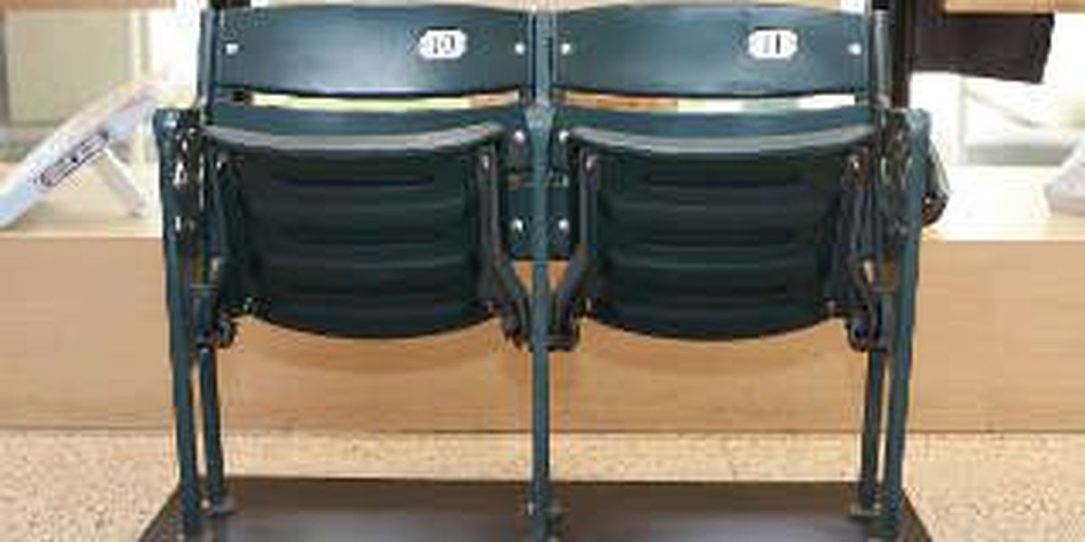 Indians selling some seats from Progressive Field