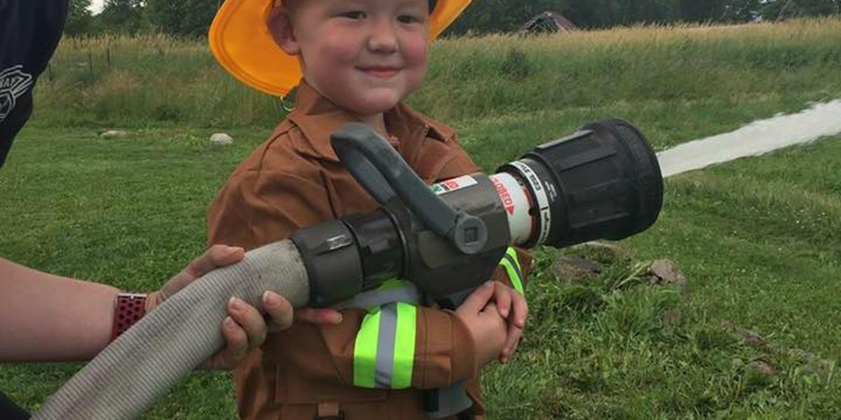 Honorary 3-year-old firefighter loses his battle with cancer