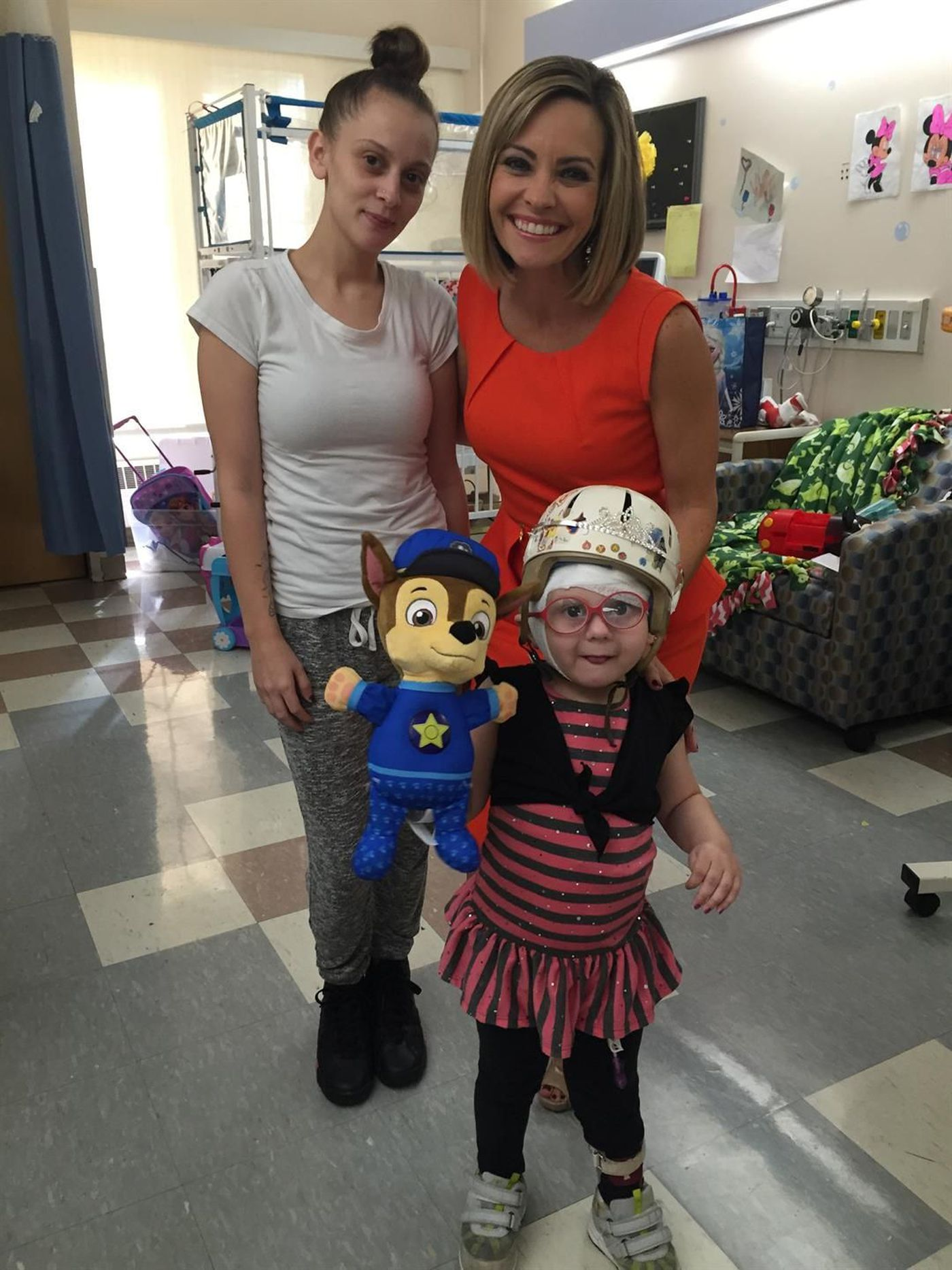 3-year-old shooting victim gets hospital room makeover