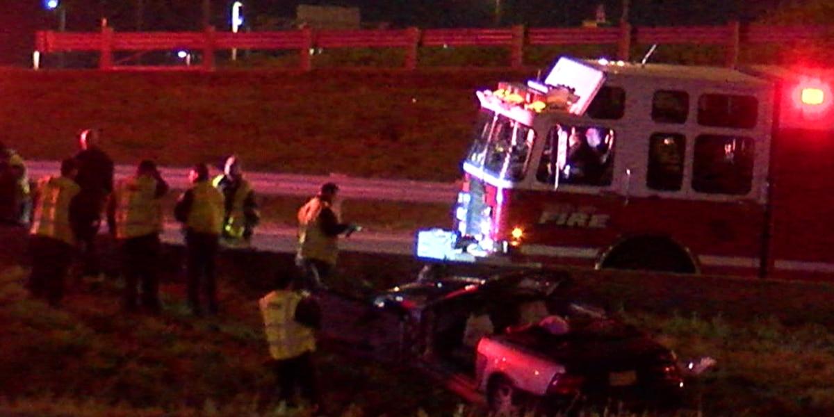 2 people transported to hospital after rollover crash at Interstate 77/90 split in Cleveland