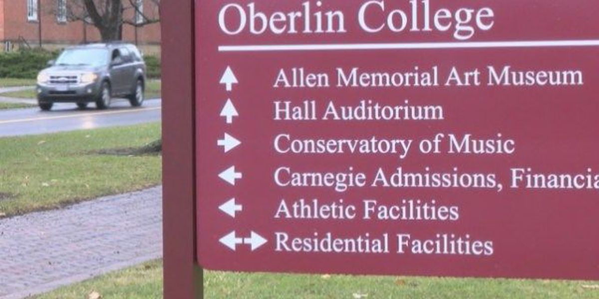 Oberlin College to implement smoking ban next year