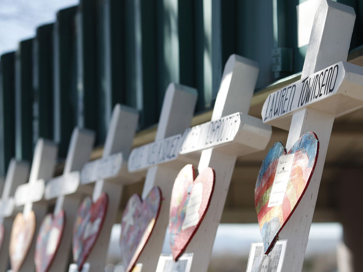 20 years after school attack, Columbine remembers 13 lost
