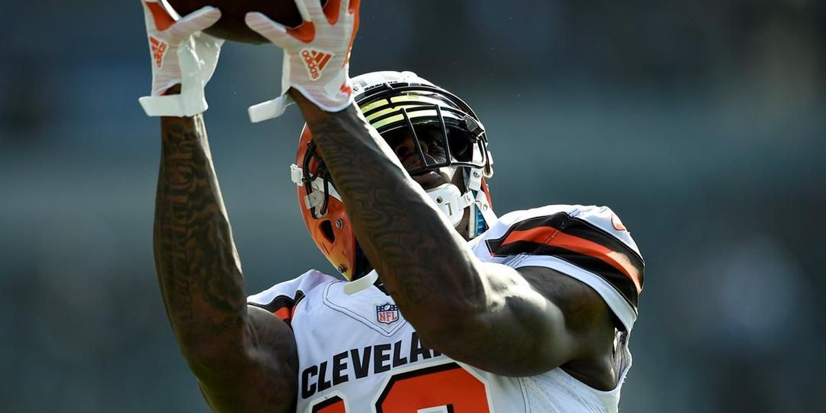 Watch Cleveland Browns wide receiver Josh Gordon make his first catch of the season