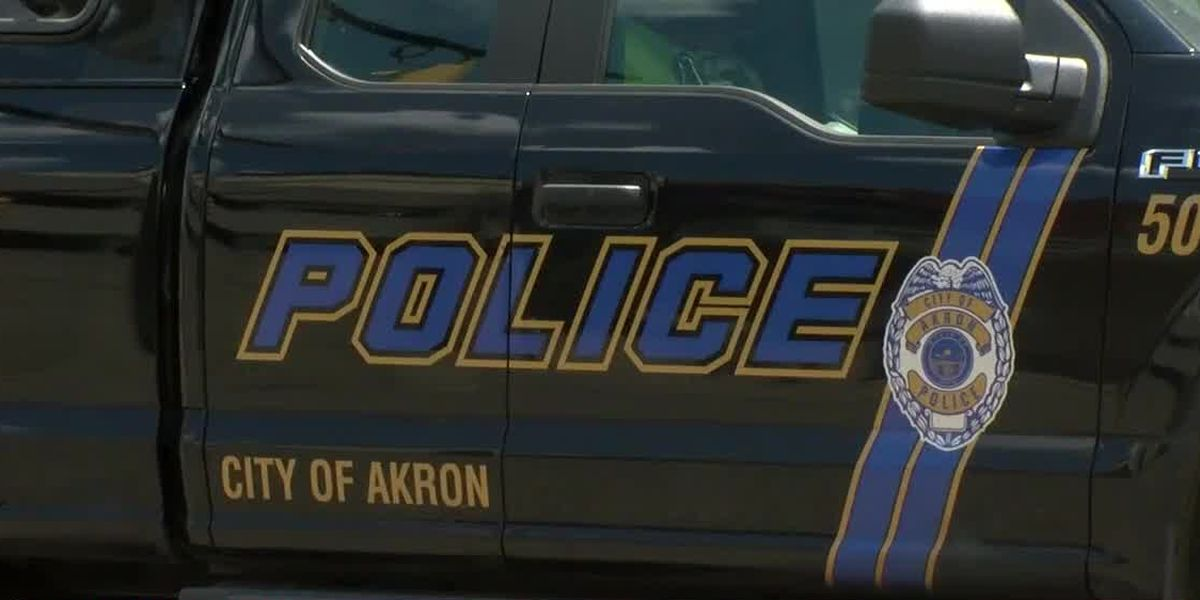 Akron police find man shot to death in vehicle